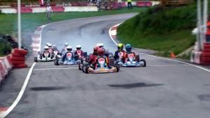 Karting en circuito e cibuyo